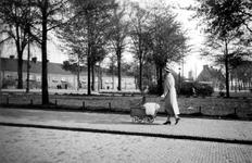 1992-49 Gezicht op de. Groene Hilledijk, vanaf het Sandelingplein.