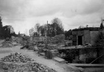 1992-581 Gezicht op de door het Duitse bombardement van 14 mei 1940 getroffen omgeving van de Diergaardelaan.