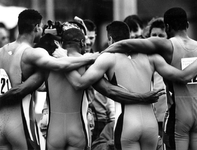 1993-3373 Estafetteploeg 4x100 m. met v.l.n.r. Frank Perri, Paul Franklin, Patrick Snoek en Regilio v.d. Vloot tijdens ...