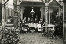 1993-3499 Achterzijde huis van de Familie De Heer op nummer 194 aan de Boezemsingel.