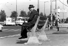 1993-6475 Bij het Kruisplein en het Weena, uit zuidelijke richting gezien.