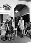 1993-6552 Modeshow in Maison couture aan de Eendrachtsweg.