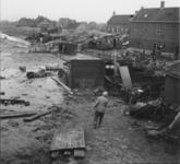 1993-672 Een combinatie van zeer zware storm en springvloed veroorzaakt een watersnoodramp in Zeeland en delen van ...