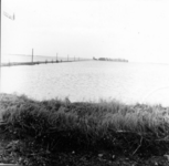 1993-756 Een combinatie van zeer zware storm en springvloed veroorzaakt een watersnoodramp in Zeeland en delen van ...