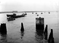 1993-781 Een combinatie van zeer zware storm en springvloed veroorzaakt een watersnoodramp in Zeeland en delen van ...