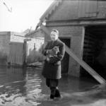 1993-903 Een combinatie van zeer zware storm en springvloed veroorzaakt een watersnoodramp in Zeeland en delen van ...