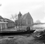 1993-909 Een combinatie van zeer zware storm en springvloed veroorzaakt een watersnoodramp in Zeeland en delen van ...