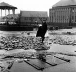 1993-947 Een combinatie van zeer zware storm en springvloed veroorzaakt een watersnoodramp in Zeeland en delen van ...