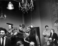 1994-1836 Gemeenteraadsverkiezingen, In hotel New York is de top van D66 bijeen in afwachting van de uitslagen van de ...