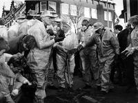 1994-1918 Bewoners starten zelf de bodemsanering van hun vervuilde Vlinderbuurt.