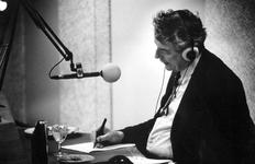 1994-2019 Vice-premier Wim Kok beantwoordt vragen van luisteraars van Radio Rijnmond