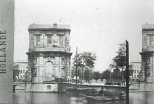 1994-808 De Delftse Poort bij de Coolsingel.
