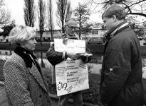 1995-1061 Bewonersprotest tegen verpaupering van de Lange Hilleweg.