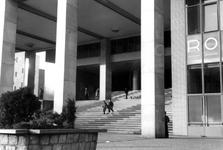 1997-1153 De trappen van de Beurs aan het Beursplein,