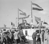 1997-1174 Passagiers voor een havenrondvaart op een Spidoboot.