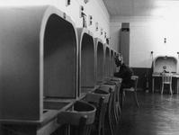 1997-1818 In bunker bij begraafplaats Hofwijk tijdens oefening voor bescherming van de bevolking.