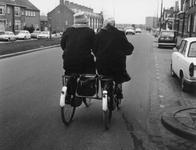 1997-1875 Op de Dordtsestraatweg.