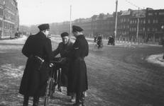 1997-1876 Op de Putselaan bij een politieverkeerscontrole.