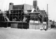 1997-1895 Gezicht op de bouw van de Nederlands Hervormde Mathenesserkerk aan de Allard Piersonstraat, gezien vanaf het ...