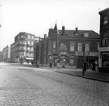 1998-1025 De Katendrechtse Lagedijk met rechts de Ebenhaëzerstraat. De volgende straat rechts is de Pleinweg.