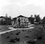 1998-1058 Tuin op het volkstuincomplex Blijdorp aan de Zestienhovensekade.