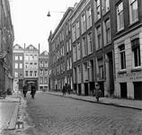 1998-1073 De Jacobusstraat met op de achtergrond de Van Oldenbarneveltstraat.