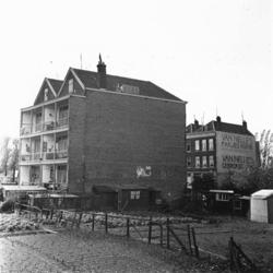 1998-1080 Volkstuintjes aan de Stationssingel.