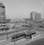 2000-46 Gezicht op het Weena en het Stationsplein vanuit westelijke richting.