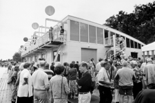 2000-995 7 mei 1997Aan het Prinsemolenpad wordt de nieuwe loods van roeivereniging Nautilus in gebruik gesteld.