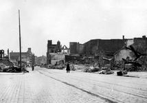 2001-1586 Puinresten na het bombardement van 14 mei 1940. De Gedempte Botersloot en omgeving.
