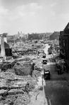 2001-1872 Puinresten na het Duitse bombardement van 14 mei 1940. Overzicht van de De Botersloot met rechts de ...