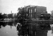 2001-2004 Restanten van de openluchtschool aan de Schiedamsesingel na het Duitse bombardement van 14 mei 1940.