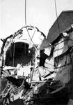 2001-2052 Gezicht op de door het Duitse bombardement van 14 mei 1940 getroffen zuidelijke gevel van het postkantoor aan ...