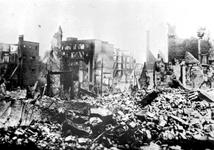 2001-2192 Gezicht op de door het Duitse bombardement van 14 mei 1940 getroffen omgeving van de Diergaardelaan.