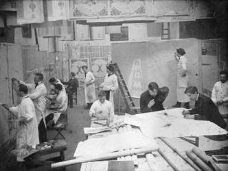 2002-261 Afbeeldingen van het schildersatelier van Jaap Gidding in de Aert van Nesstraat en van familie en kunstenaars. ...