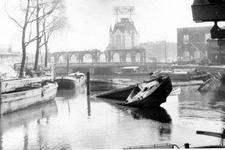 2003-1102 Gezicht in de door het Duitse bombardement van 14 mei 1940 getroffen omgeving van de Kolk. Als gevolg van het ...