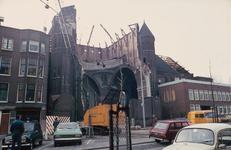 2003-917-101-TM-200 Bestaande en verdwenen kerken in Rotterdam na 1945. Exterieurs en interieurs van o.a. de ...