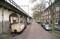 2004-493-35-TM-41 Reportage van de zogenaamde Hofpleinlijn en omge- ving tussen station Hofplein en het Noorderkanaal. ...
