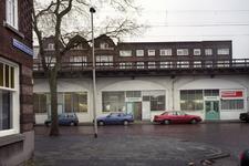 2004-493-42-TM-43 Reportage van de zogenaamde Hofpleinlijn en omge- ving tussen station Hofplein en het Noorderkanaal. ...