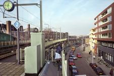 2004-493-58-TM-62 Reportage van de zogenaamde Hofpleinlijn en omge- ving tussen station Hofplein en het Noorderkanaal. ...