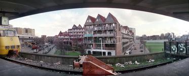 2004-493-63-TM-69 Reportage van de zogenaamde Hofpleinlijn en omge- ving tussen station Hofplein en het Noorderkanaal. ...