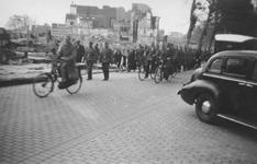 2004-495-4 Gezicht op de door het Duitse bombardement van 14 mei 1940 getroffen centrum van Rotterdam, ter hoogte van ...