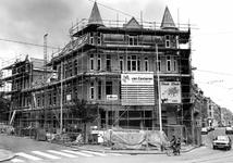 2004-5143 Gezicht op de Zaagmolendrift tijdens de renovatie. Aan de linkerzijde de Zaagmolenkade.