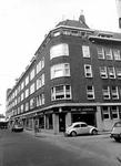 2004-5162 Gezicht op het Zwaanshals rechts de Fabriekstraat.