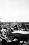 2004-55-14 Gezicht op de door het Duitse bombardement van 14 mei 1940 getroffen omgeving van het Van Hogendorpsplein, ...