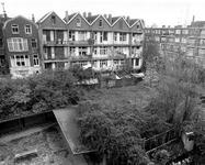 2004-5568 De Saftlevenstraat zicht op het binnenterrrein.