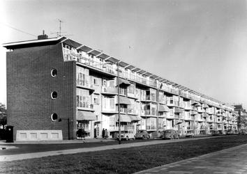 2004-5692 Gezicht op de Vredenoordlaan.
