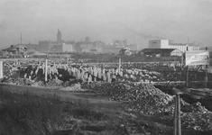 2004-5888 Het Weena in 1948 met de fundamenten van het Groothandelsgebouw in aanbouw.