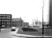 2004-6691-1-TM-2 Gezichten op de Mijnsherenlaan hoek Wevershoekstraat. Van boven naar beneden:-1: richting Zuidplein-2: ...