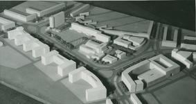 2004-7583 Mauqettes van diverse ontwerpen omtrent Zuidplein, ca. 1948-1978. Getoond wordt een selectie van 6 foto's uit ...